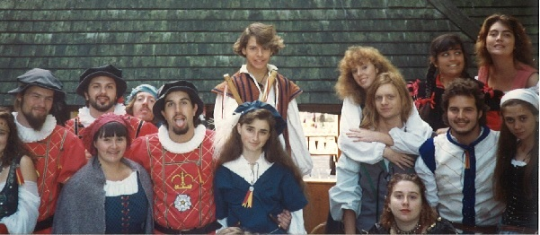 Look at that motley lot of peasants!  And 18 year old Merry right in the middle in blue (looking smarmy)