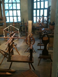 More, different spinning wheels.